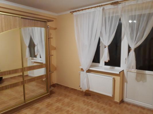 Дом посуточно в Трускавце, ул. Помирецкая, 24