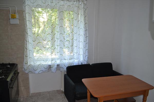 Двухкомнатная квартирапосуточно в Каменце-Подольском, ул. Фабрициуса, 9