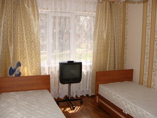 Однокомнатная квартирапосуточно в Керчи. ул. Льва Толстого , 132. Фото 1