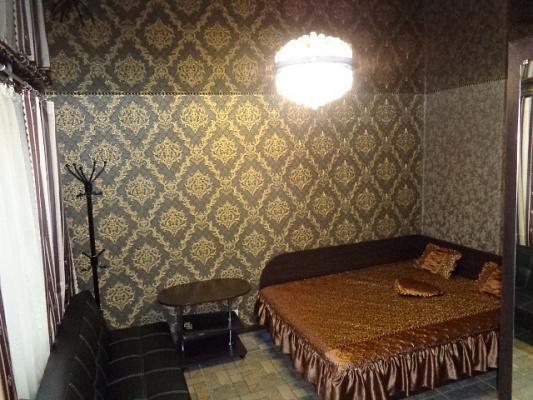 Однокомнатная квартирапосуточно в Черкассах, ул. Рождественская, 71