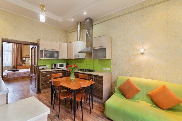 Однокомнатная квартирапосуточно в Львове. Галицкий район, ул. Витовского, 1. Фото 1
