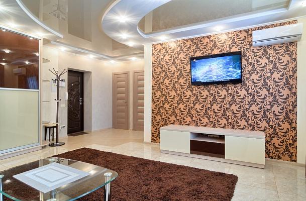 Двухкомнатная квартирапосуточно в Киеве, Печерский район, б-р Леси Украинки, 3. Фото 1