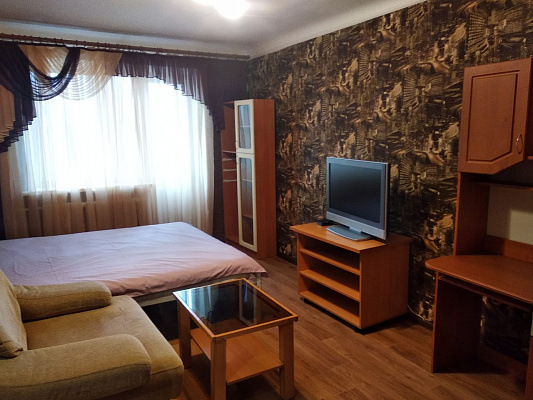 2-кімнатна квартираподобово у Полтаві, Жовтневий район, вул. Європейська, 90. Фото 1