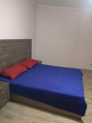 Кімната подобово у Івано-Франківську, вул. Залічнична, 49. Фото 1