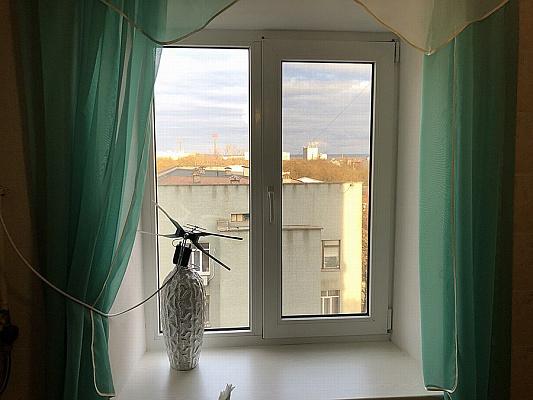 Двухкомнатная квартирапосуточно в Херсоне, Суворовский район, ул. Старообрядницкая, 3
