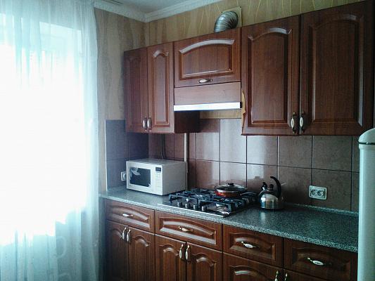 Однокомнатная квартирапосуточно в Новомосковске. ул. Большая Ковалёвка, 6. Фото 1