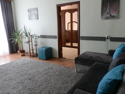 Двухкомнатная квартирапосуточно в Виннице. Ленинский район, ул. Архитектора Артынова, 29. Фото 1