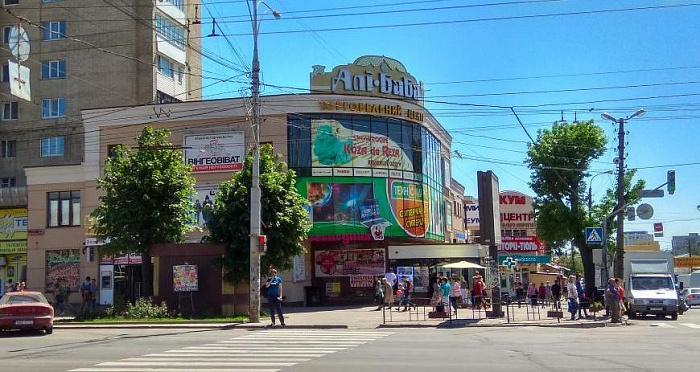 Однокомнатная квартирапосуточно в Виннице, Замостянский район, пр-т Коцюбинского, 11