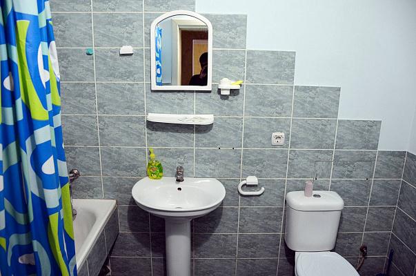 Однокомнатная квартирапосуточно в Ивано-Франковске, Угорницька, 10А. Фото 1
