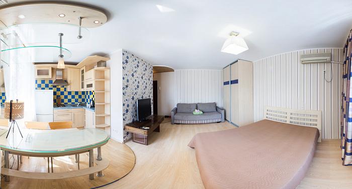 Однокомнатная квартирапосуточно в Харькове, Дзержинский район, ул. 23-го Августа, 43-Б. Фото 1