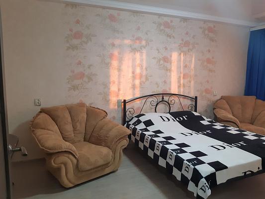 Однокомнатная квартирапосуточно в Симферополе, ул. Лизы Чайкиной, 7. Фото 1