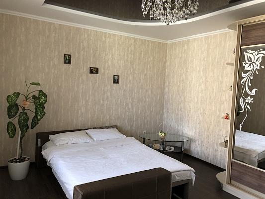 Однокомнатная квартирапосуточно в Ровно. ул. Виговского, 49. Фото 1