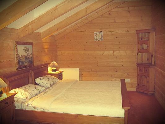 Дом посуточно в Татарове, Урочище Женец, 645а