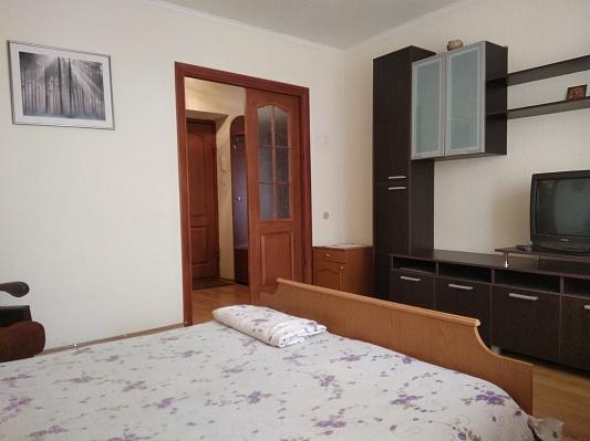 Двухкомнатная квартирапосуточно в Житомире, ул. Ивана Кочерги, 6. Фото 1