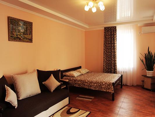 Мини-отель посуточно в Евпатории, ул. Краевского, 9. Фото 1