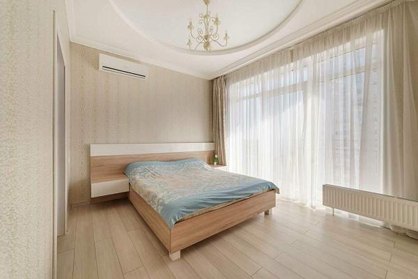 Двухкомнатная квартирапосуточно в Одессе, Приморский район, б-р Французский, 60б. Фото 1