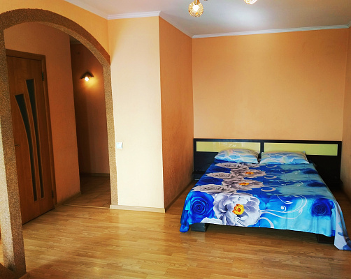 1 room apartments daily Rovno, ул. Замковая, 10а. Photo 1