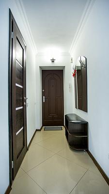 Двухкомнатная квартирапосуточно в Николаеве, Центральный район, ул. Шевченко, 75
