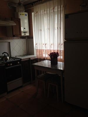 Однокомнатная квартирапосуточно в Луцке. пр-т. Победы, 1а. Фото 1