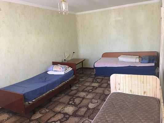 Однокомнатная квартирапосуточно в Энергодаре. пр-т. Строителей, 24. Фото 1
