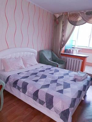 Однокомнатная квартирапосуточно в Черкассах. ул. Крещатик , 130. Фото 1