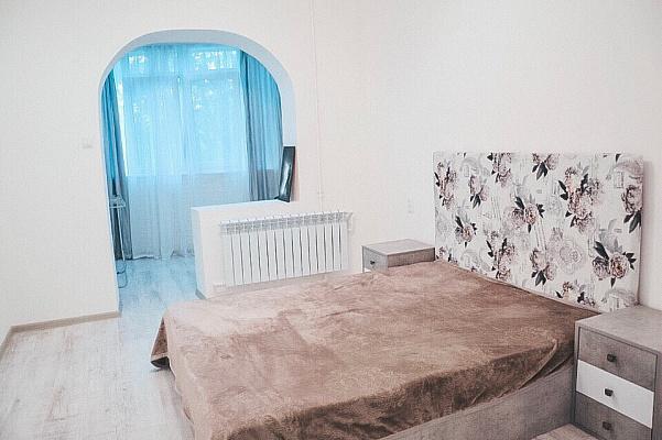 Двухкомнатная квартирапосуточно в Южном. ул. Химиков, 12. Фото 1