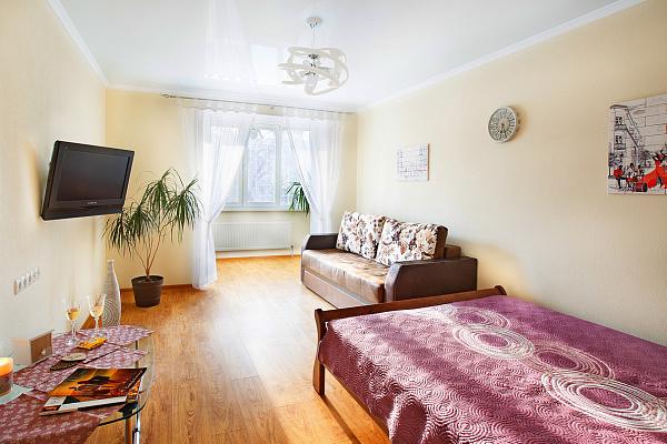 1-кімнатна квартираподобово в Кам'янець-Подільському. вул. Привокзальна, 22б. Фото 1