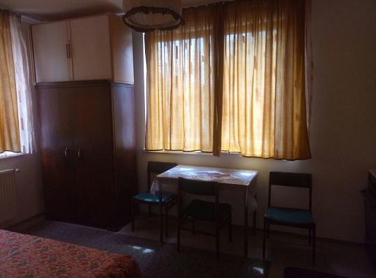 Однокомнатная квартирапосуточно в Хусте, ул. Островского, 37