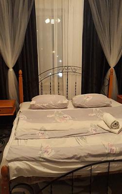 Однокомнатная квартирапосуточно в Белой Церкви, ул. Ярослава Мудрого, 44