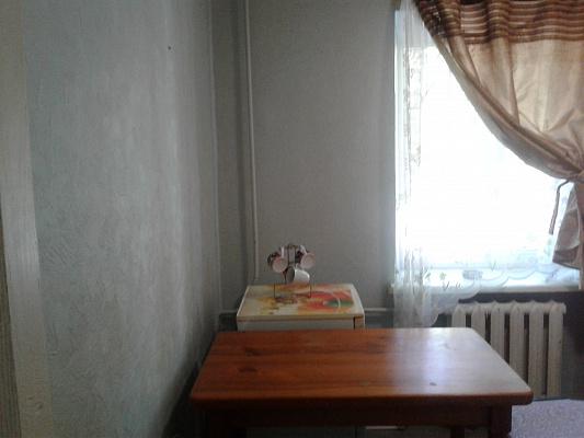 Однокомнатная квартирапосуточно в Днепре, Октябрьский район, пр-т Гагарина, 141