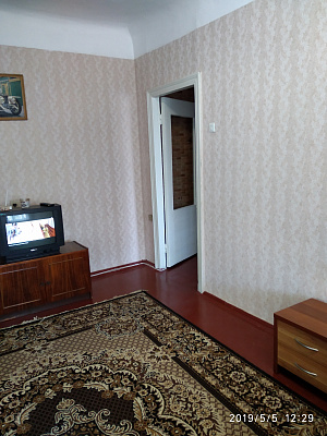 Двухкомнатная квартирапосуточно в Херсоне, Суворовский район, пер. Козацкий, 27