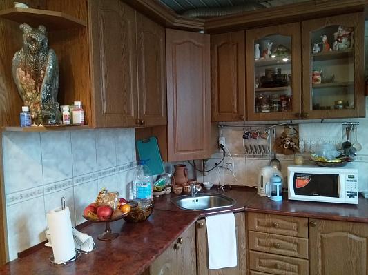 Трехкомнатная квартирапосуточно в Бердичеве, ул. Винницкая, 25