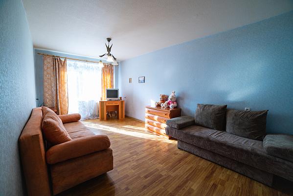 3-кімнатна квартираподобово у Дніпрі, Індустріальний район, пр-т Слобожанський, 6. Фото 1