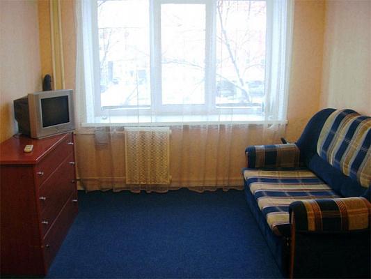 Однокомнатная квартирапосуточно в Керчи. Вокзальное шоссе, 35. Фото 1