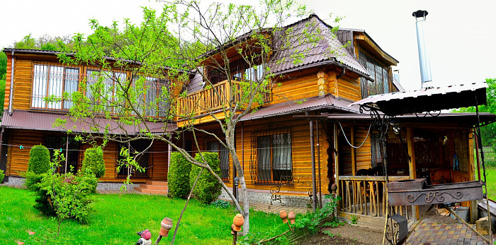 Дом посуточно в Поляне. ул. Гагарина, 12. Фото 1