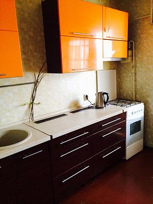 Однокомнатная квартирапосуточно в Вишнёвом. ул. Святоюрьевская, 28. Фото 1