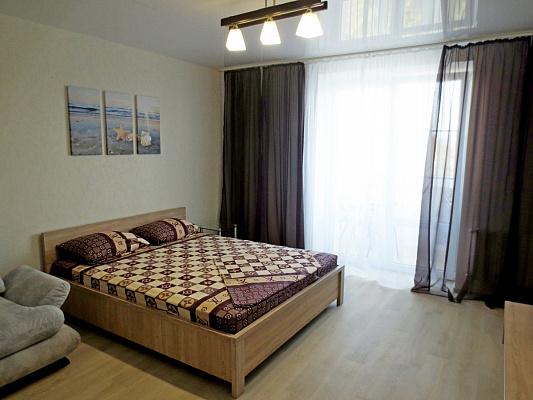 Однокомнатная квартирапосуточно в Черкассах. ул. Михаила Грушевского, 43. Фото 1