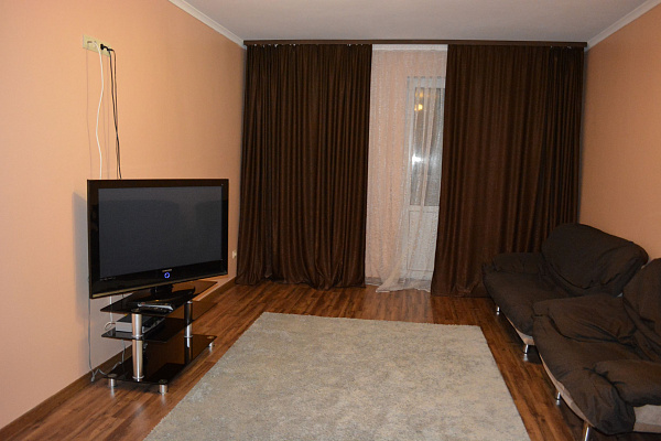 Двухкомнатная квартирапосуточно в Борисполе. ул. Бабкина, 6. Фото 1