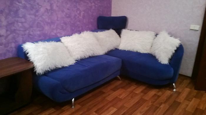 Двухкомнатная квартирапосуточно в Черкассах. ул. Благовестная , 156. Фото 1
