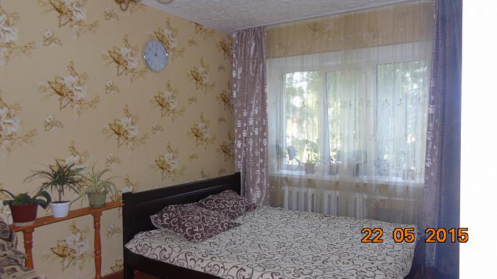 Однокомнатная квартирапосуточно в Житомире. Привокзальный майдан, 5. Фото 1