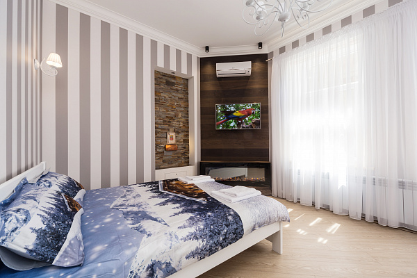 1 room apartmentsdaily Odessa, Primorskiy district, ул. Софиевская, 9. Photo 1