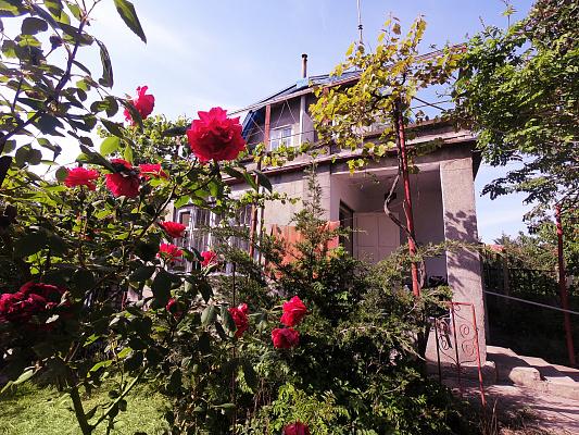 Дом посуточно в Каролино-Бугазе, ст. Студенческая, ул. Ткаченко, 28. Фото 1