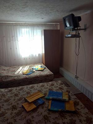 Мини-отель посуточно в Урзуфе, ул. Центральная, 3б