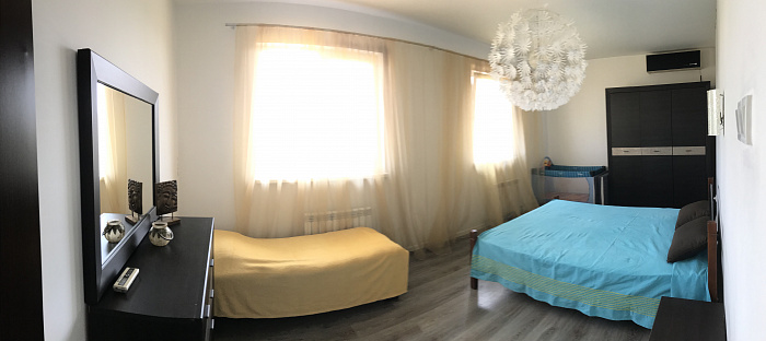 Трехкомнатная квартирапосуточно в Санжейке, ул. Хуторская, 51