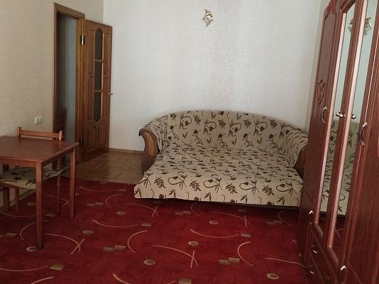 Трехкомнатная квартирапосуточно в Одессе. Приморский район, ул. Солнечная, 1Б. Фото 1