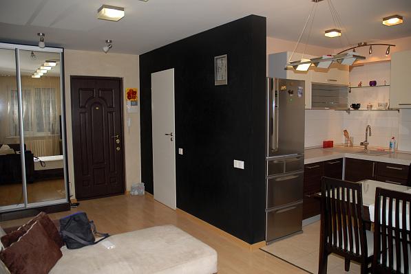 Двухкомнатная квартирапосуточно в Мариуполе, Lenina str. , 105. Фото 1