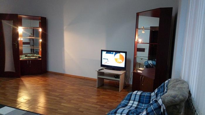 Двухкомнатная квартирапосуточно в Львове. Галицкий район, ул. Князя Романа, 26. Фото 1